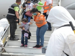 Venezuelan migrants return home from Chile on May 6 as part of the government's Return to the Homeland program. (VTV)
